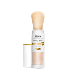 Photo of ISDIN Mineral Brush.